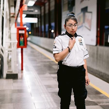 Guardia Centro Comercial Gsm Seguridad